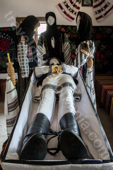 Obiceiurile de înmormântare din Bucovina - Moldova - Romania
