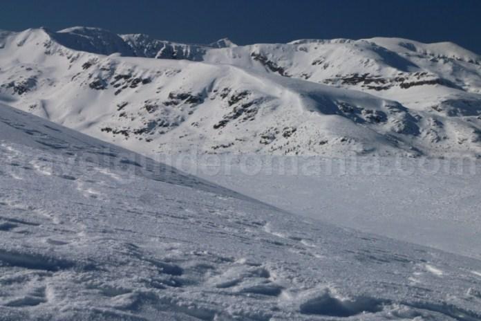 Cum sa descoperi Romania - schi de tura in Parang