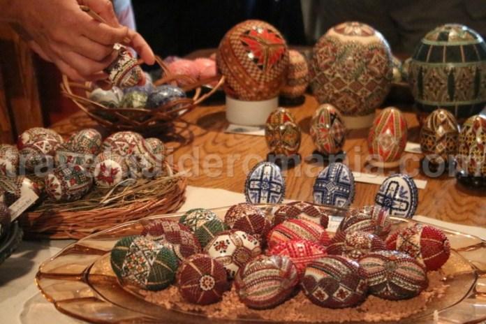 Tradiții legate de încondeiatul ouălor la Paște - Bucovina