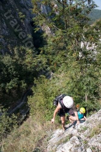 Activitati aventura in Muntii Apuseni - via ferrata in Cheile Turzii