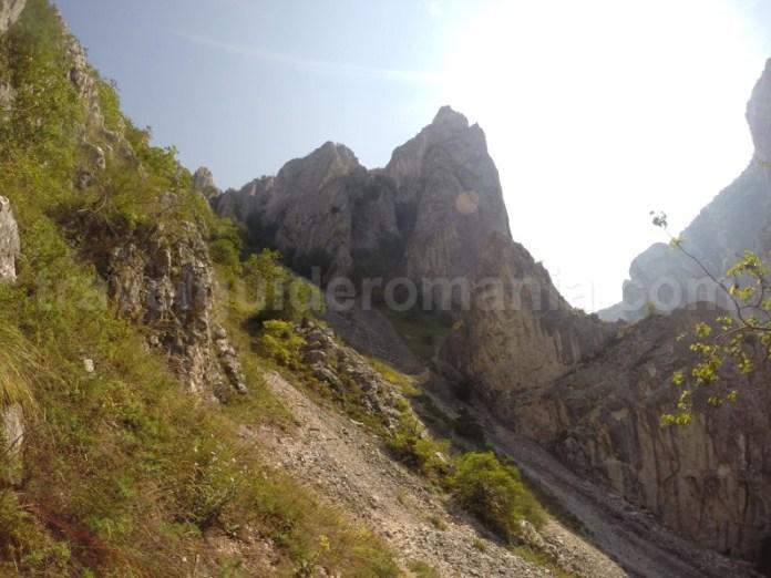 Spre traseul de via ferrata din Cheile Turzii