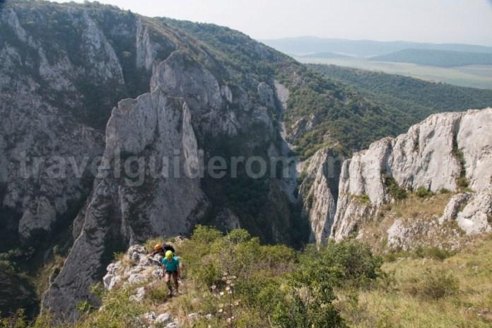 Turism montan in Cheile Turzii - via ferrata