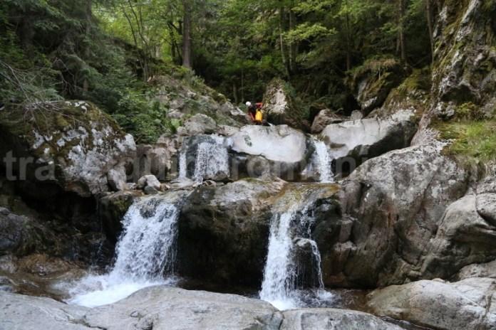 Coborare pe canionul Valea Marii - Muntii Retezat