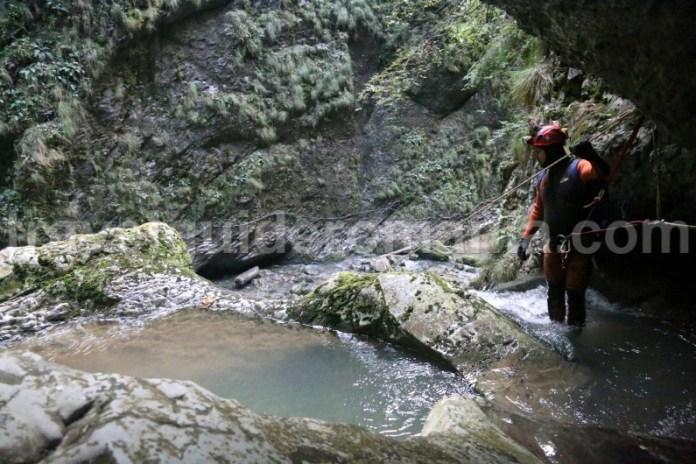 Canyoning in Muntii Apuseni - Canionul Galbenei
