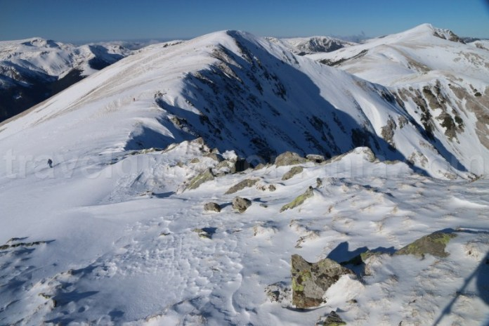 Creasta Muntilor Godeanu - trekking pe timp de iarna