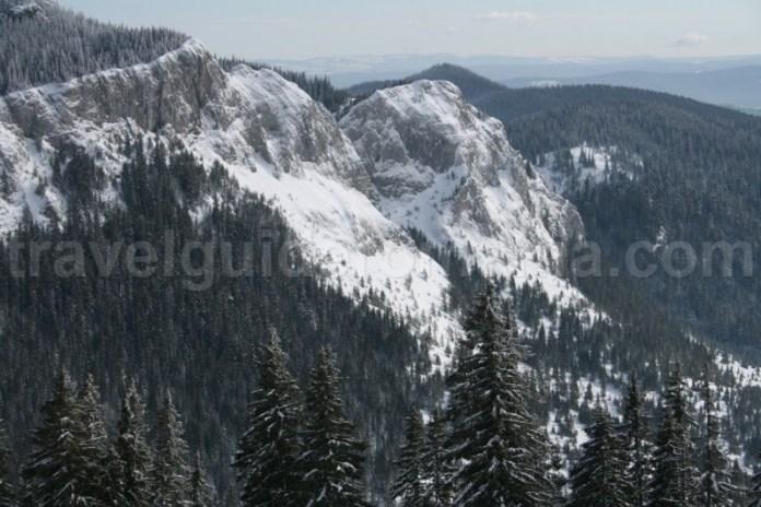 Obiective turistice din muntii Apuseni - Pietrele albe