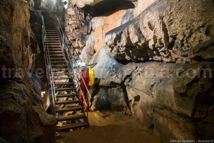 Vizitarea Pesterii amenajate Vadu Crisului - turism in Apuseni