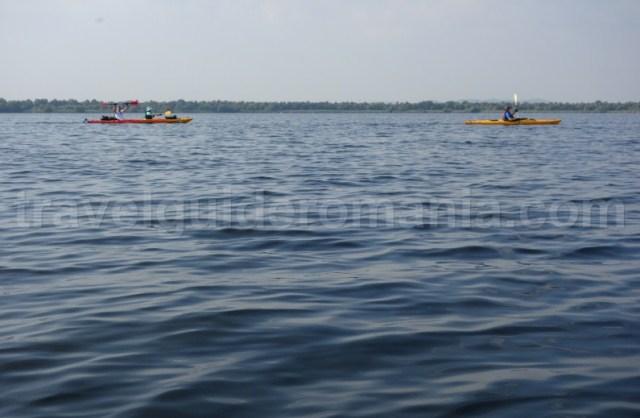 lacul-fortuna-excursii-cu-caiacul-in-delta-dunarii