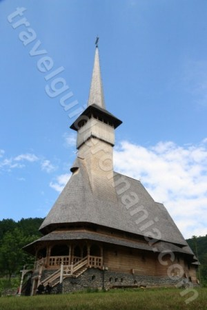 biserica-din-satul-barsana-maramures