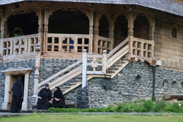 manastiri-din-romania-manastirea-barsana