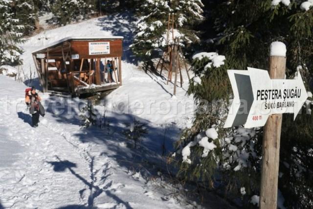 Acces spre Pestera Sugau din muntii Giurgeului