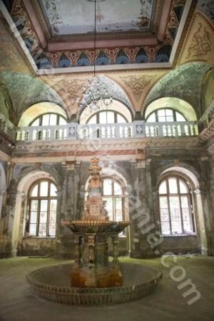 Locuri de vizitat in Baile Herculane - Valea Cernei