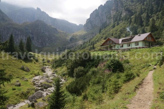 Cabana Malaiesti - muntii Bucegi
