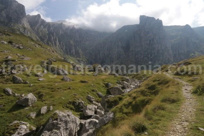 Drumetii in muntii Bucegi