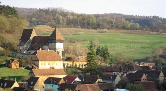 sat copsa mare biserica fortificata