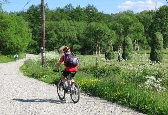 Destinaţia ecoturistică Mara–Cosău–Creasta Cocoșului-Maramureş-bicicleta