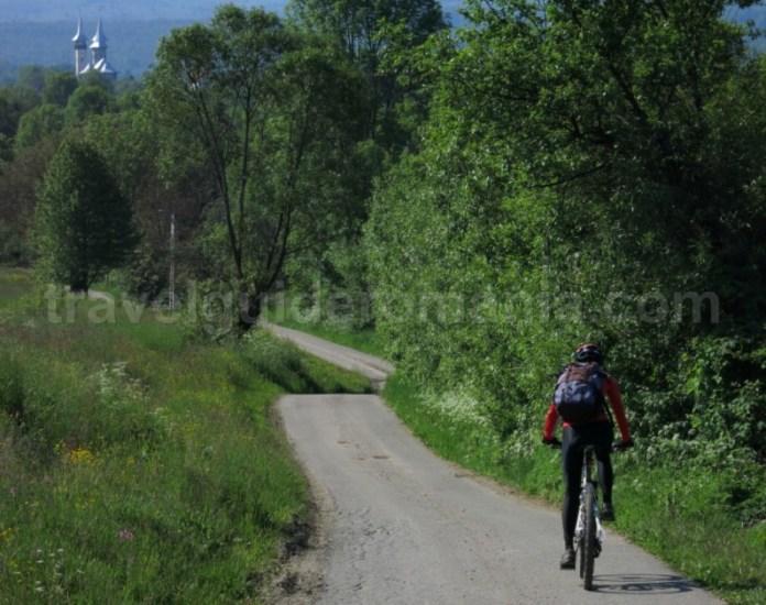 Destinaţia ecoturistică Mara Cosău Creasta Cocoșului Maramureş trasee bicicleta breb