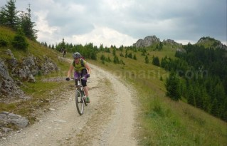 muntii latoritei drumul strategic boarnesu mountain-biking ciclism mtb
