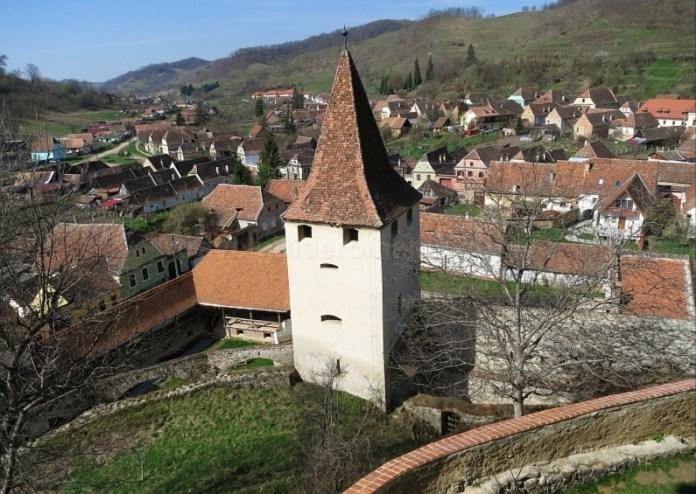 turn biertan biserica fortificata unesco