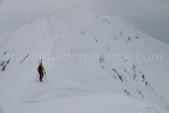 Iarna pe munte - creasta Oslea - muntii Carpati