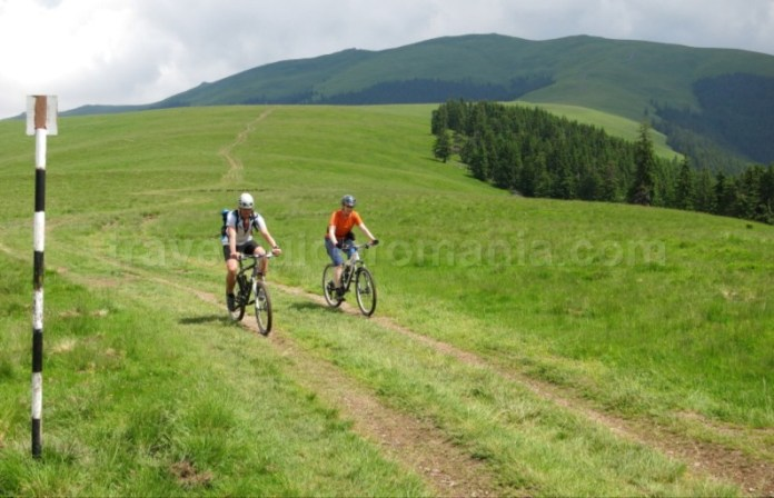 mountain bike bicicleta giumalau Țara Dornelor
