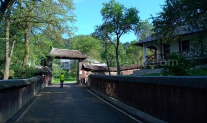 manastirea agapia veche parc vanatori neamt