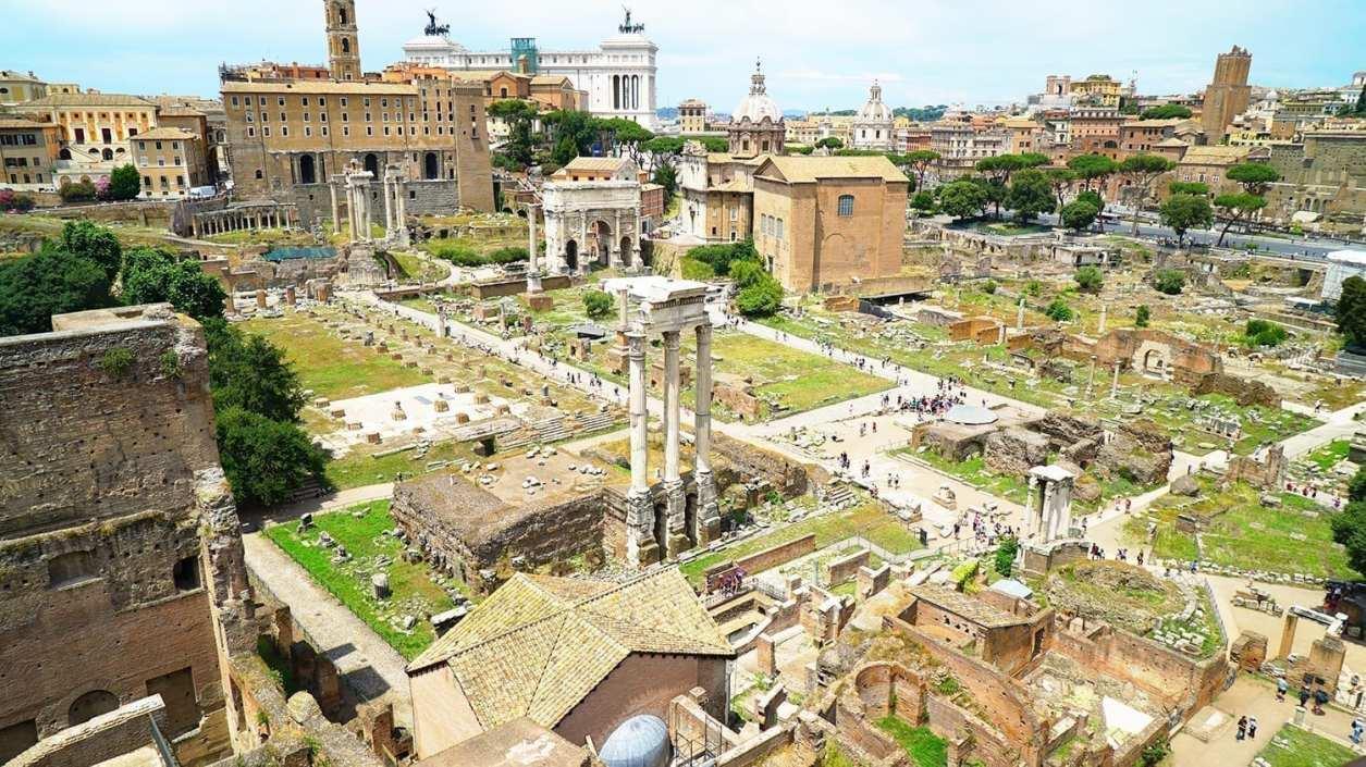 roman forum and Palatine hill