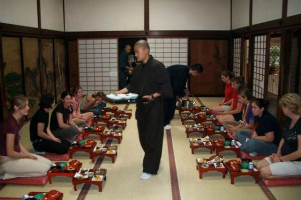 shojin ryori temple lodging koyasan