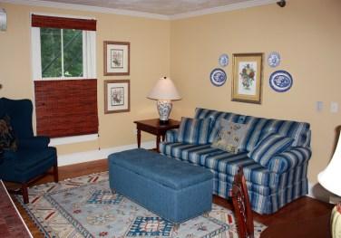 Dorset Inn Sitting Room
