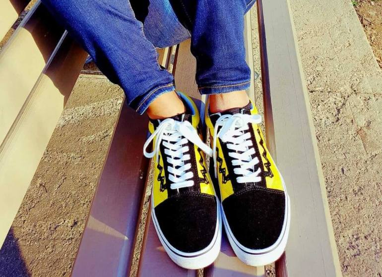a58a70af11e Top Trendy Travel Shoes – The best walking shoes for women ...