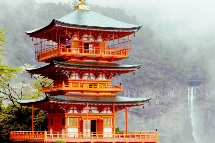 Best Places to visit in Japan: Kii Katsuura