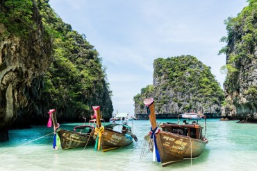 Phi Phi Island Tour is one of best phuket tours and is a must-do for any visitor.