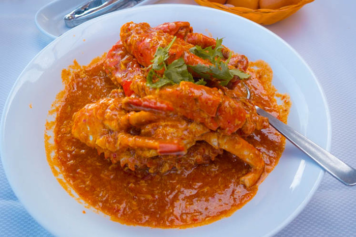 Best seafood dishes around the world - Chilli crab, Singapore