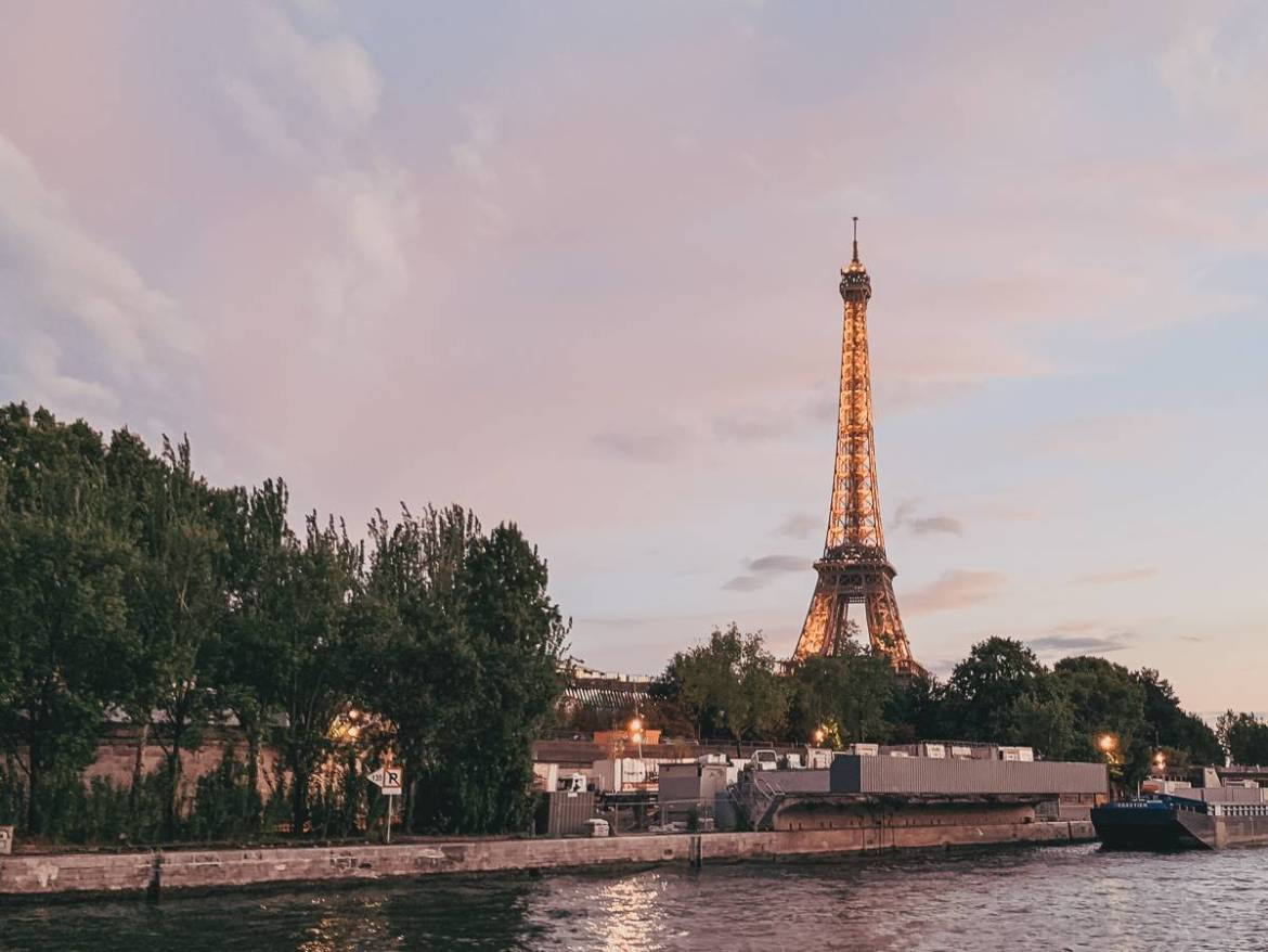 Must-see attractions of Paris - Eiffel Tower