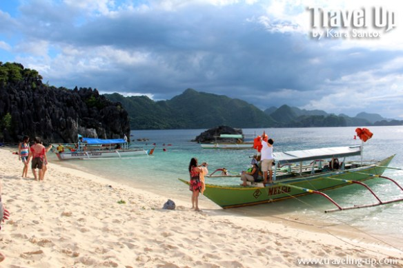 caramoan tourists