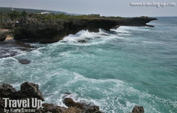rocky coast bolinao