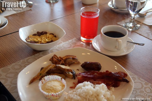 azalea residences baguio breakfast