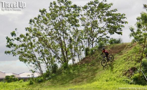 01. nuvali biking 4x track travelup