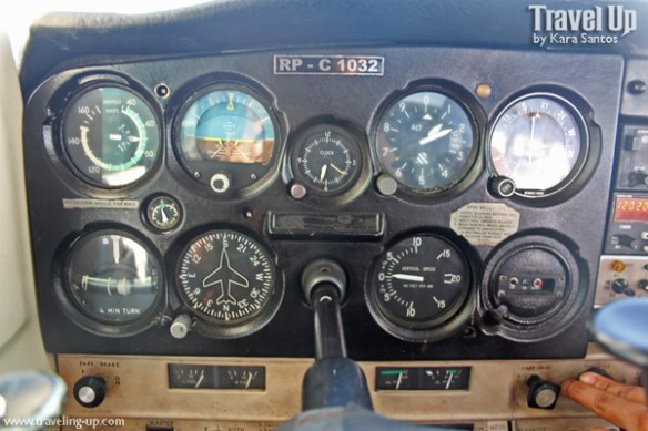 wcc aviation pangasinan inside cessna 152 controls