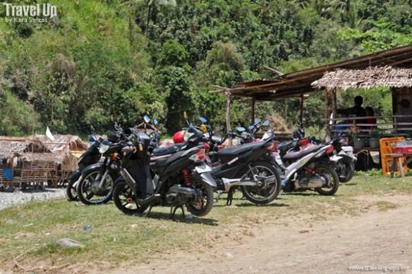 09. daraitan river motorcycle parking