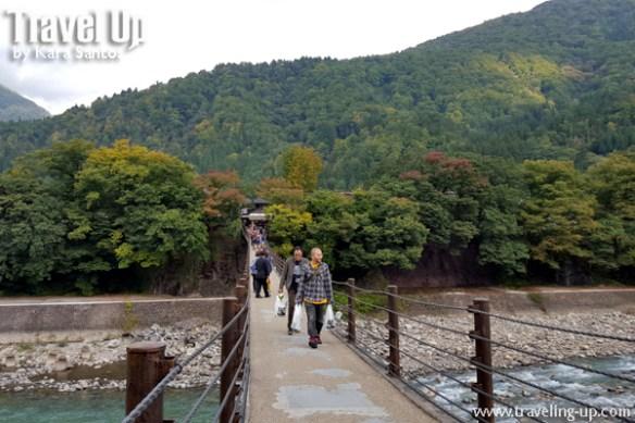 06. shirakawago village japan bridge