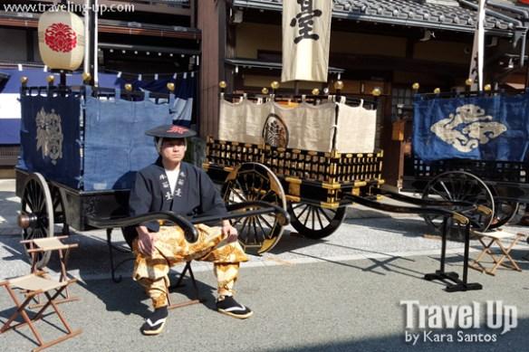 takayama autumn festival japan yatai costumes
