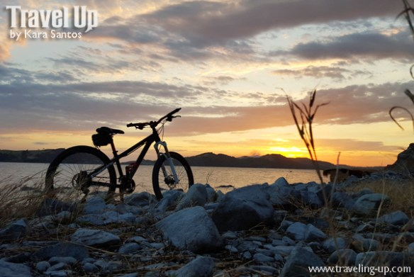 bataan bicycle sunset sisiman bay rocks