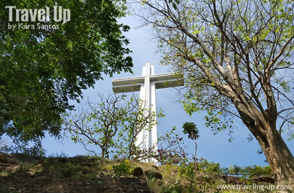 mt samat memorial cross shrine of valor bataan trees