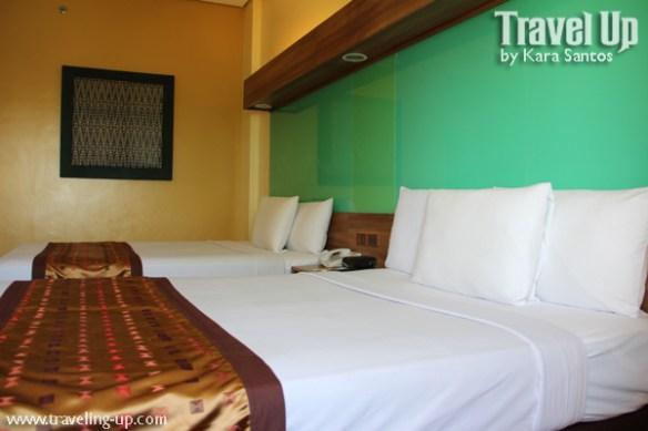 microtel general santos city room beds