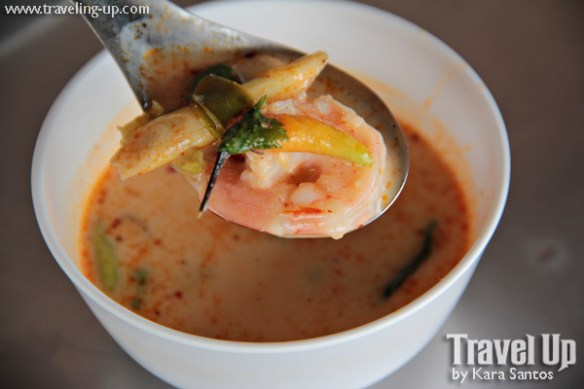 tom yum soup shrimp thailand bangkok