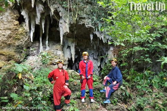 04-lobo-cave-jiabong-samar-cavesuits