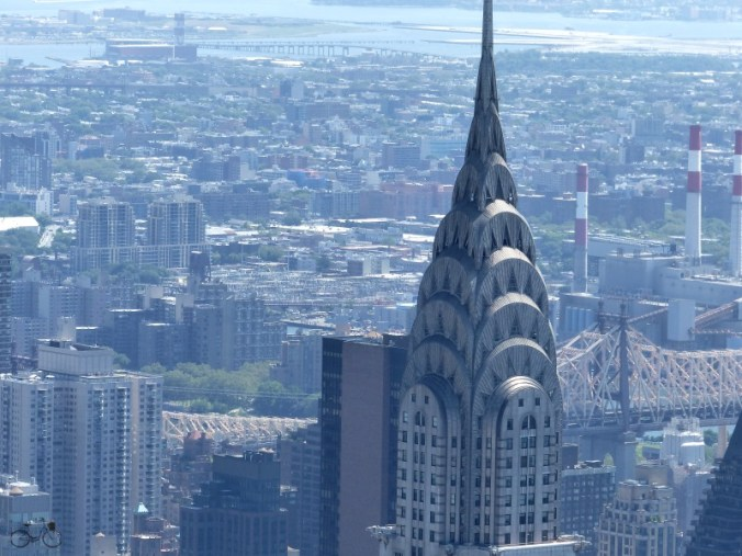 vue chrysler building