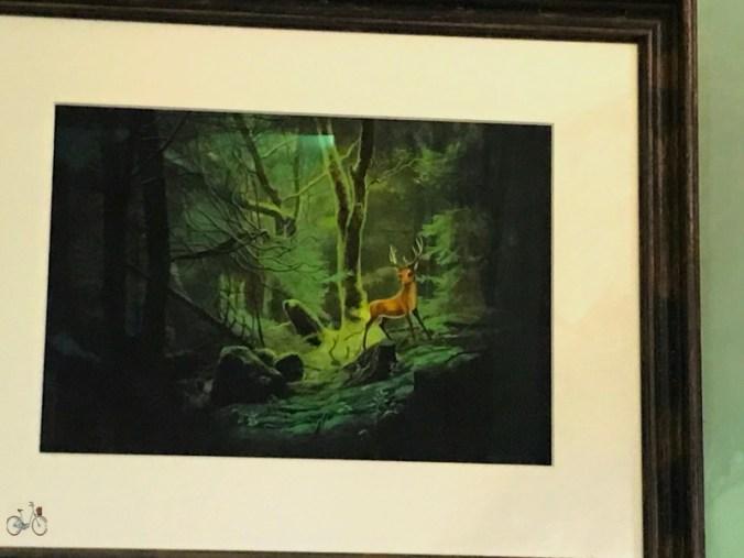 tableau du grand cerf dans la forêt