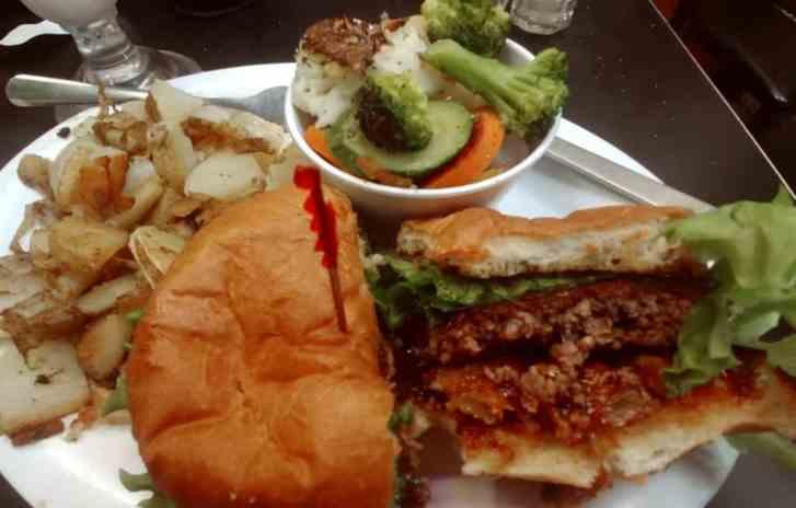 hamburg inn food